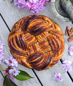Cinnamon Weave Bread