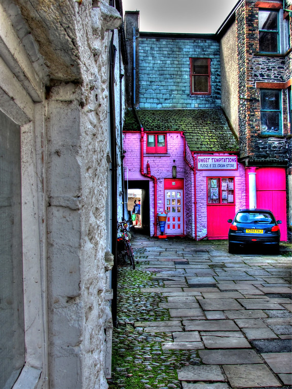 Pink ice cream shop - Keswick