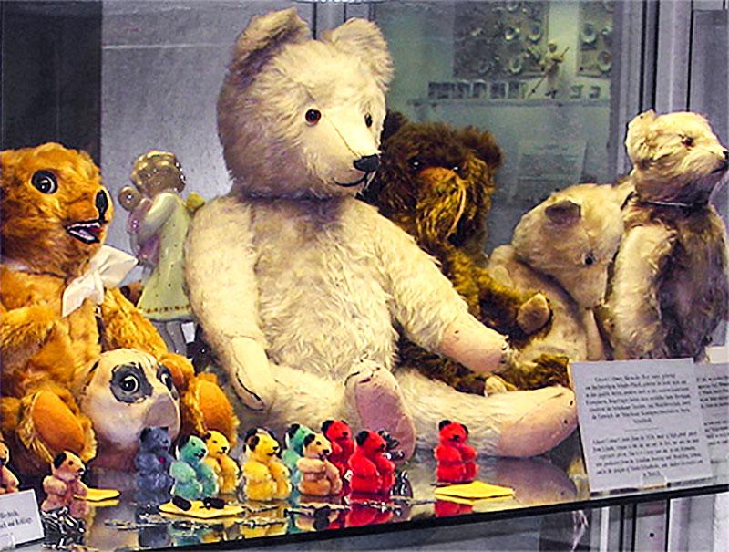 Teddy bears in Munich's toy museum