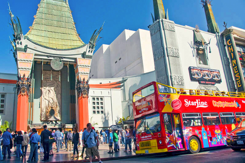 Hollywood tours at Grauman's Chinese Theatre