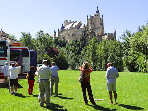 One of the things to do in Segovia - admire the castle that inspired Disney