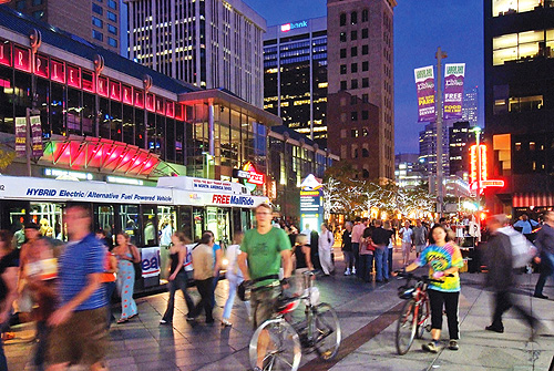 One of the things to do in downtown Denver - visit the 16th Street Mall