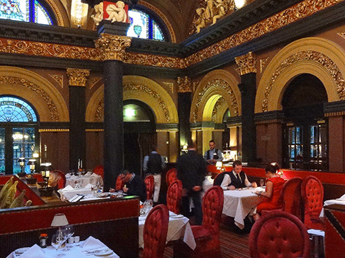 a fancy restaurant