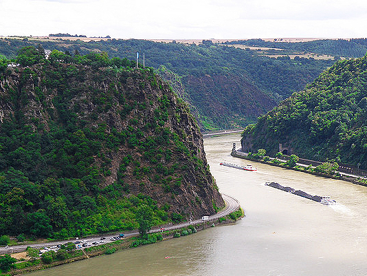 Lorelei Rock, Rhine River photo: A. Renate