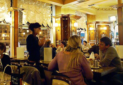 Le Flore en l'Isle Cafe on Le Flore en l'Isle Cafe