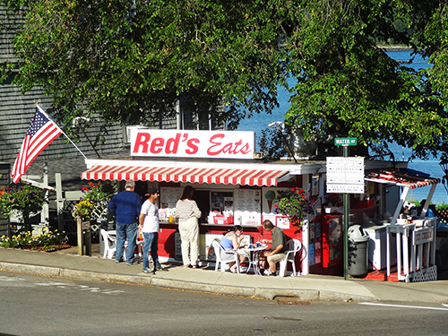 Red's Eats, Wiscasset lobster rolls