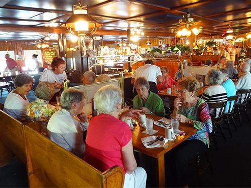 Warren's, Kittery lobster rolls
