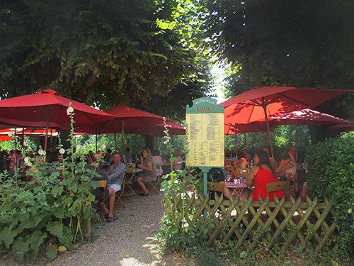 Dining at Restaurant Baudy in Giverny