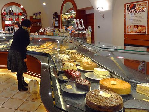A bakery on Rindermarkt in Passau