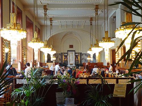 Restaurant Francouzska in the Municipal House in Prague