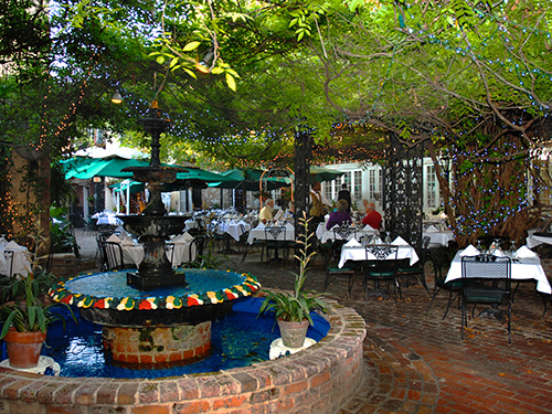 The Court of Two Sisters Restaurant in New Orleans / photo: Court of Two Sisters