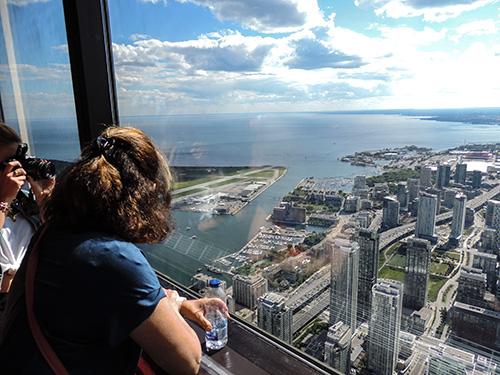 CN Tower-DSCN4178---500 in Toronto
