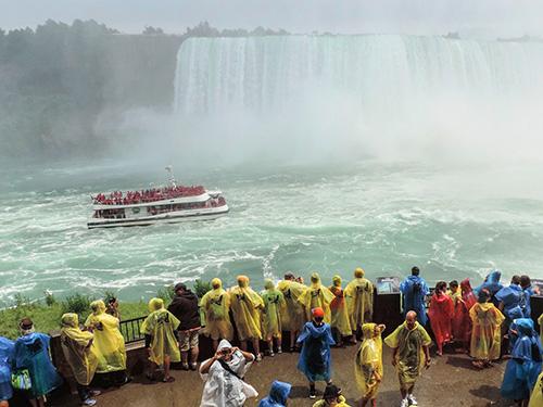 people at Miamgara Falls
