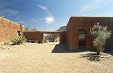 Georgia O'Keeffe House, Abiquiu in New Mexico / photo: Herb Lotz, 2007. © Georgia O'Keeffe Museum