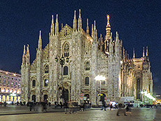 Milan's Duomo at night