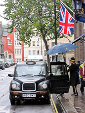 -- London taxi-- IMG_1583-hotel---230