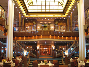 a large restaurant on the Cunard Queen Mary 2