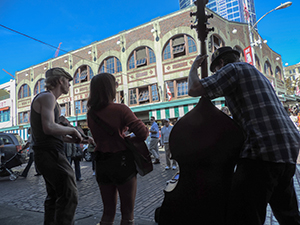 street musicians at Pike Place Market, one of the places to visit in seattle