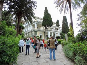 people visiting Achílleion Palace, one of the popular things to do in corfu