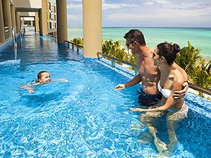 Hotel pool at a Riviera Maya hotel