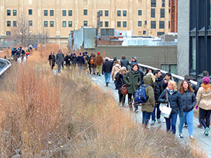 People walking on the High Line, a good thing to do in New York in the winter