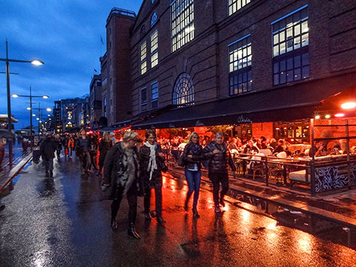Cafés and restuarants on Aker Brygge, Oslo