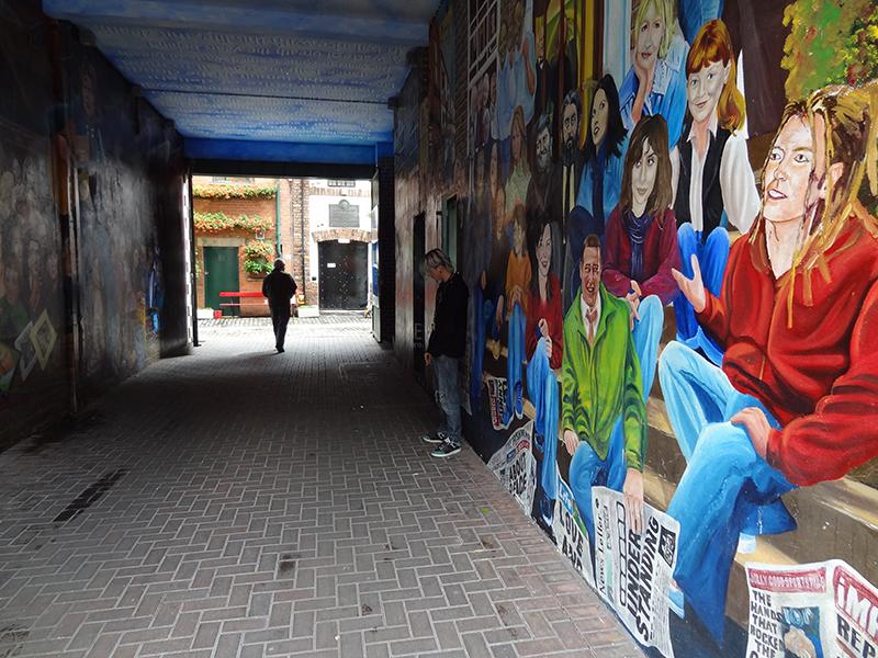 Street art in Belfast, Northern Ireland