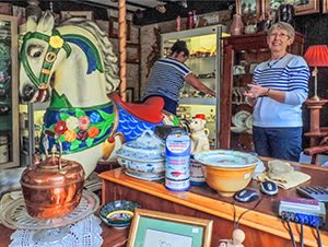 an antiques shop on day trips from London