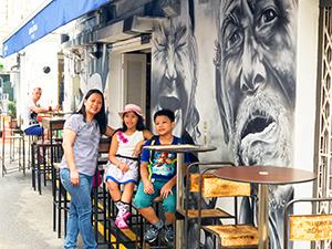 Outdoor café on Haji Lane