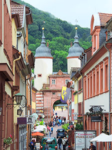 people walking through the Old Town, one of things to do in Heidelberg