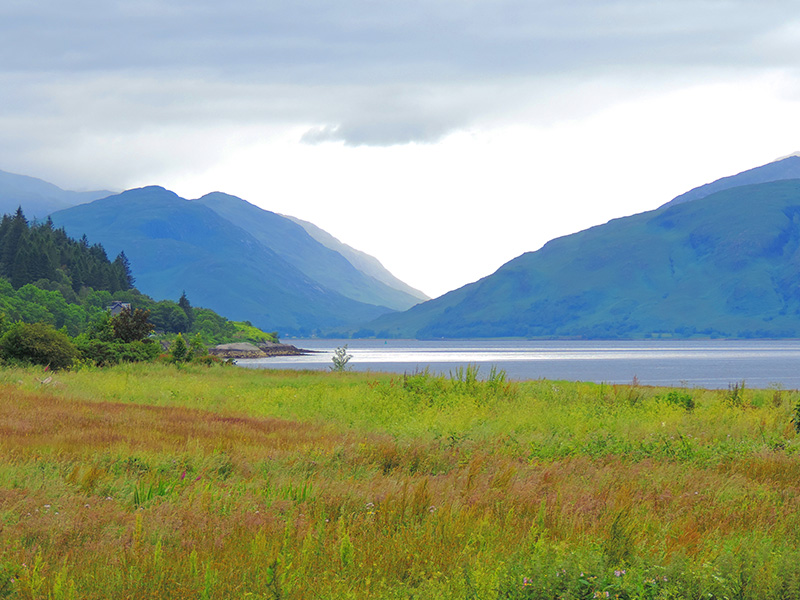 a beautiful glen in Scotland that's a good placefor wellness travel
