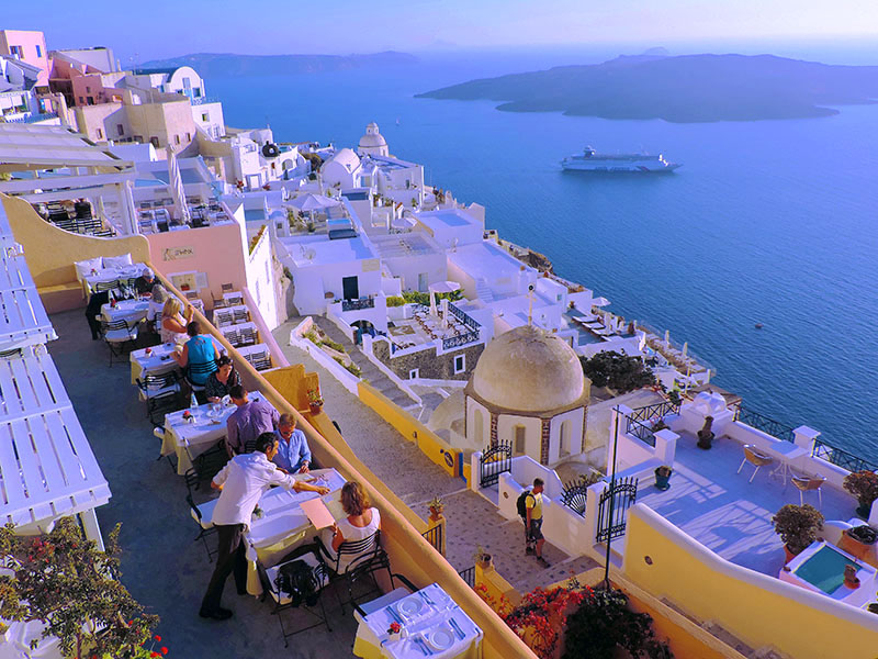 dining at sunset, what to do in Santorini