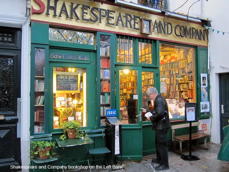 a book shop in photos of Paris
