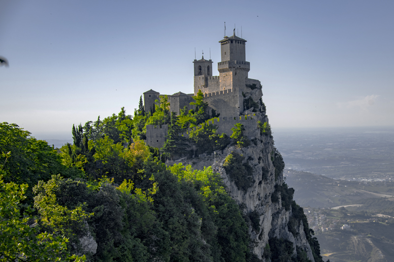 visiting the watch towers, one of the things to do in san marino