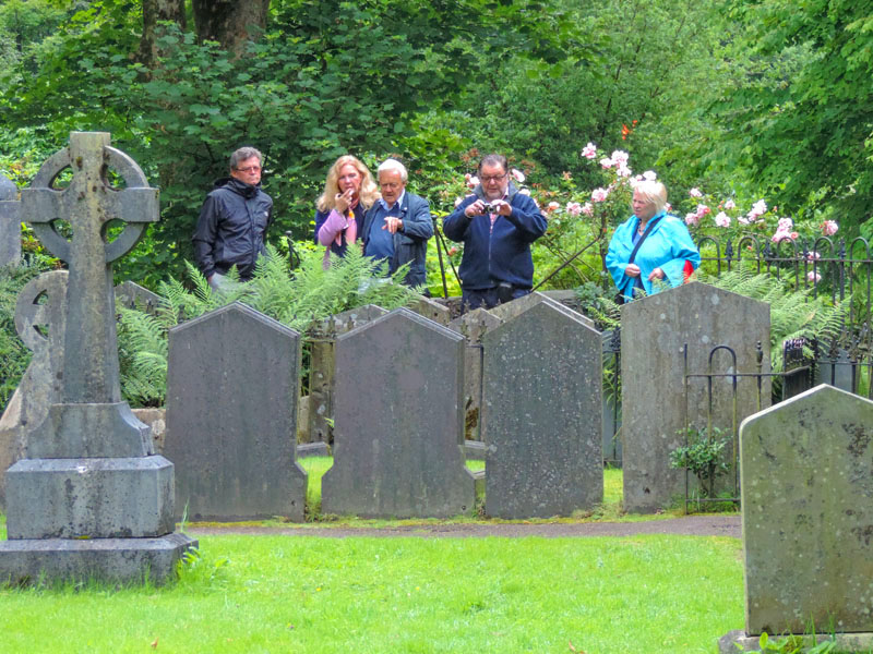 people by the grave of Wordsworth