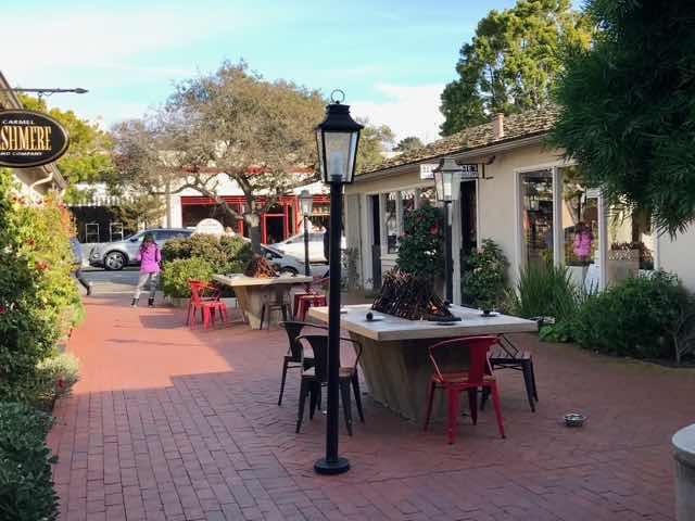 Su Vecino Courtyard | nevertooldtotravel.com | Gary House