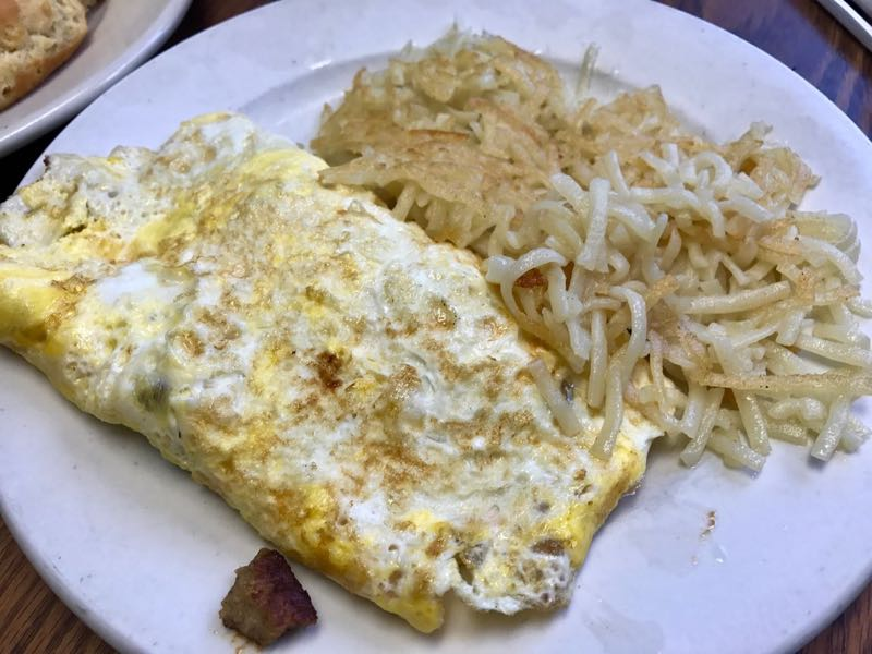 Omlete with Hashbrowns | nevertooldtotravel.com | Gary House