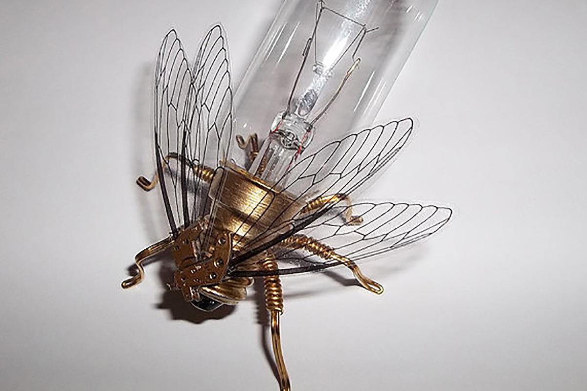 Large Fly Lightbulb Brooch