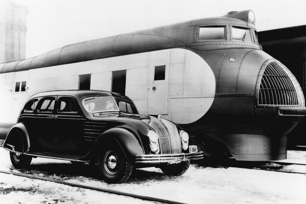 Chrysler Airflow M-10000 train
