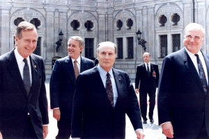 George Bush François Mitterrand Helmut Kohl