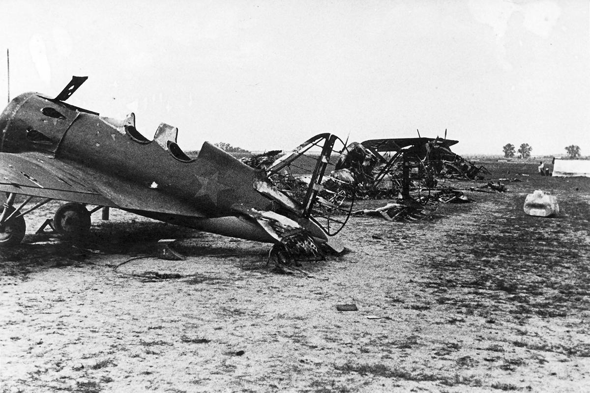 German Soviet warplanes