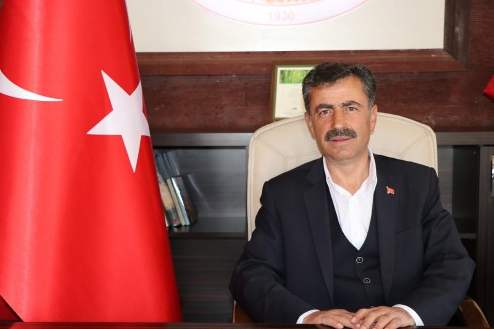 Uçhisar Belediye Başkanı Süslü, Miraç Kandilini kutladı