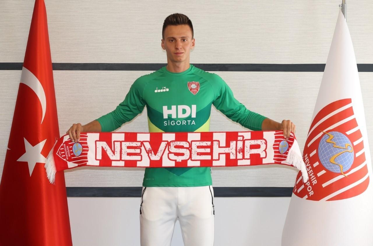 Nevşehir Belediyespor, Eskişehirspor'un genç kalecisini transfer etti