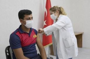 Belediye çalışanlarına 2. doz korona virüs aşısı yapıldı