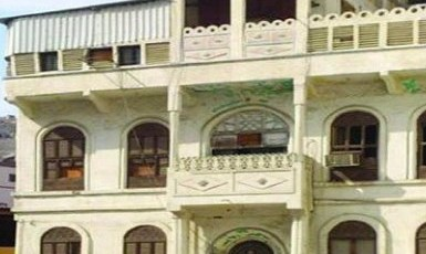 غضب ومطالب بالتحقيق بعد هدم وإزالة قصر الحريقي التراثي بمكة