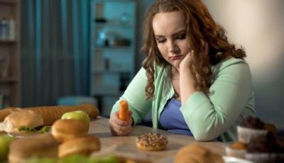 حذار.. السمنة المفرطة قد تتلف أجزاء بالدماغ في المراهقة