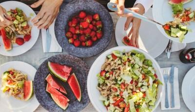نصائح هامة للوقاية من التسمم الغذائي .. تعرف عليها
