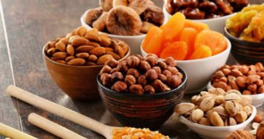هذه خطورة الإفراط فى تناول الفواكه المجففة … التفاصيل
