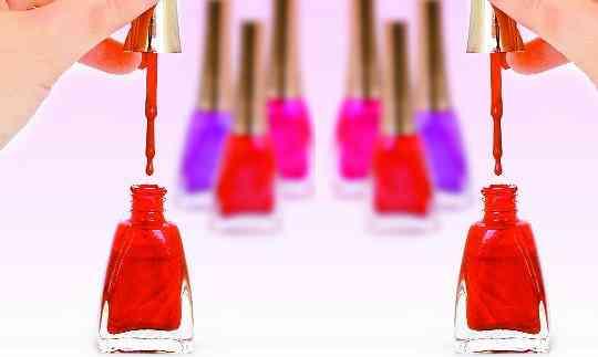 nail polish 2083176 m