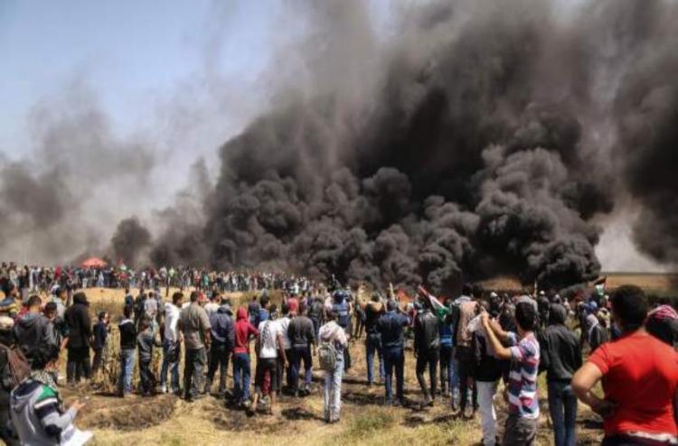 3 Killed And Over 200 Injured In Israel Gaza Border Clashes - इजरायल- फिलिस्तीन सीमा पर भड़का संघर्ष, 3 मरे, 250 से अधिक घायल   Patrika News